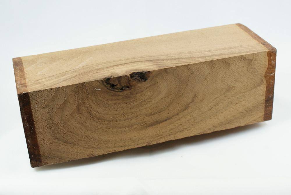 drechselholz drechsler nussbaum ca 65 x 65 x 200 mm holz zum drechseln nu baum. Black Bedroom Furniture Sets. Home Design Ideas